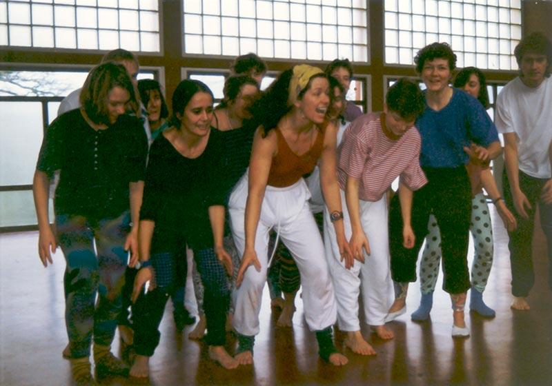 Frauen kennenlernen tanzen